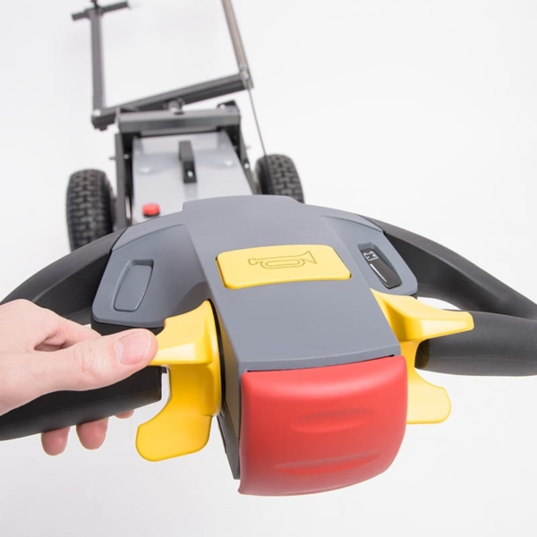 Ergonomic Triller Control for Towflexx Aircraft Tugs TF1 and TF2